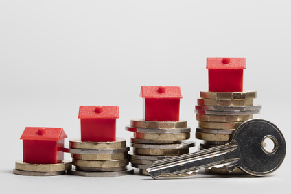 Property Investment versus Traditional Investment: Who Wins?